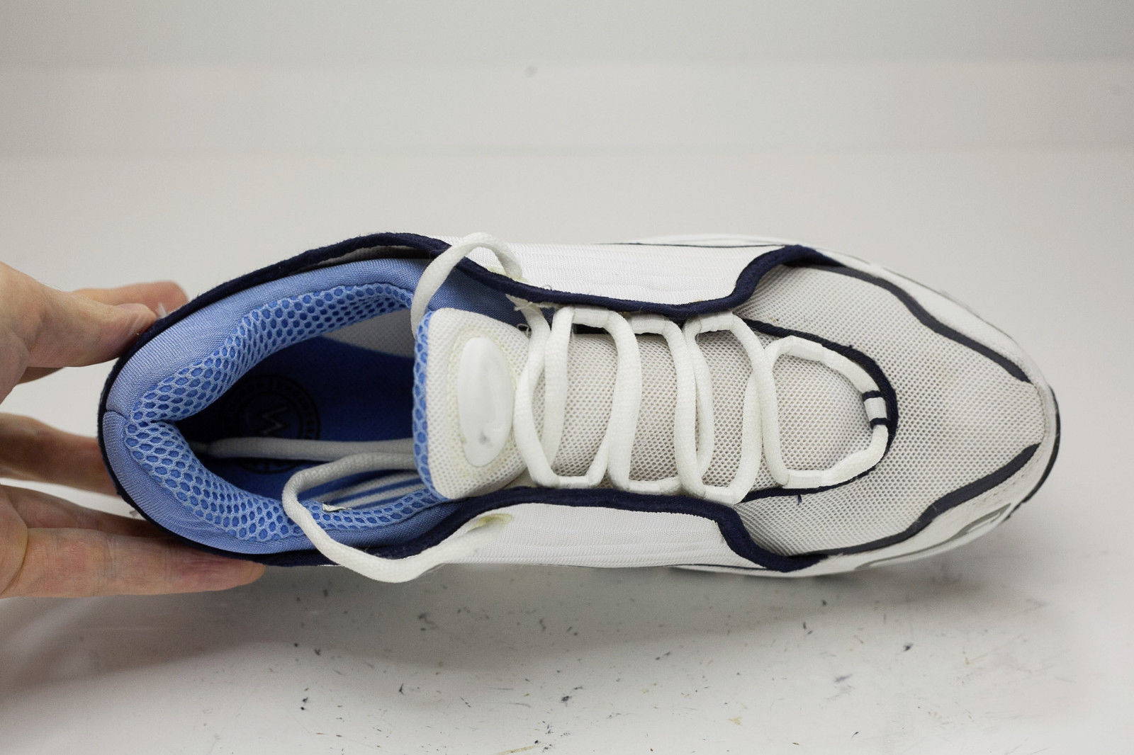 Nike 10 White Blue Running Shoes Women's