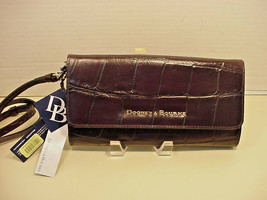 Dooney Bourke Croc Embossed Leather Crossbody Clutch DQ0325UD Espresso U... - £48.98 GBP