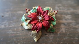 "Vintage KC Enamel Holly Berry Gold Tone Brooch 2"" - $15.83"