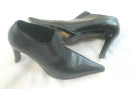 Via Spiga Women's black leather slip on ankle booties sz.US 6.5  - $29.70