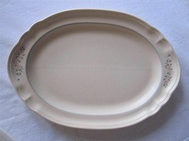 "Pfaltzgraff Remembrance 13"" Oval Deep Platter Soft Pastel Floral -GUC - $12.82"