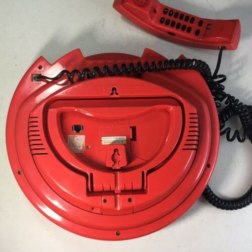 1998 COCA COLA DISC ADVERTISING COLLECTIBLE  TELEPHONE Coke Wall hanging Phone