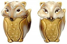 Foxes Salt and Pepper Shakers Beige Ceramic Natures Home - $18.80