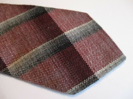 "Burgandy Gray Plaid Sears Fashion Collection Necktie Tie 58"" Long 3"" Wide 414 - $9.07"