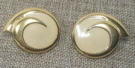 Monet Vintage Swirl Earrings Cream Goldtone Pierced Signed Enamel womens... - $18.39