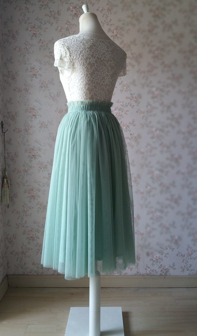 Sage green tulle midi skirt 750 02