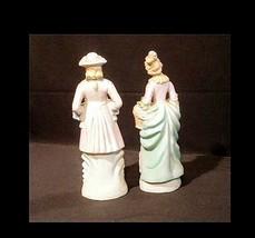 Man & Woman Figurine Hand-Painted AB 834 Vintage image 2