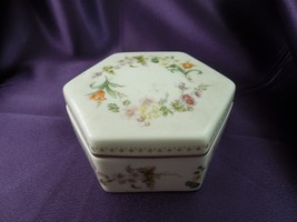 Wedgwood Mirabelle Bone China Trinket Dish with Lid Made in England Gilded - $44.55