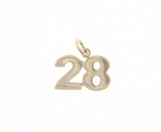 18K YELLOW GOLD NUMBER 28 TWENTY EIGHT PENDANT CHARM 0.7 INCHES 17 MM MADE ITALY