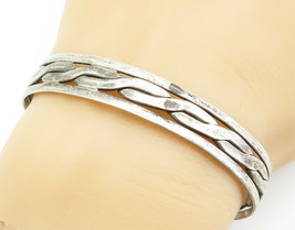 925 Sterling Silver - Vintage Twist Designed Smooth Cuff Bracelet - B6107 - $60.83