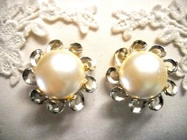 LARGE ORNATE VINTAGE FAUX PEARL BUTTON CLIP-ONS - $6.99