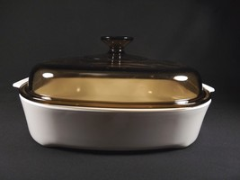 Vintage All White Amber Lid Corning Ware Lg Square Covered CASSEROLE-VISIONS - $34.99