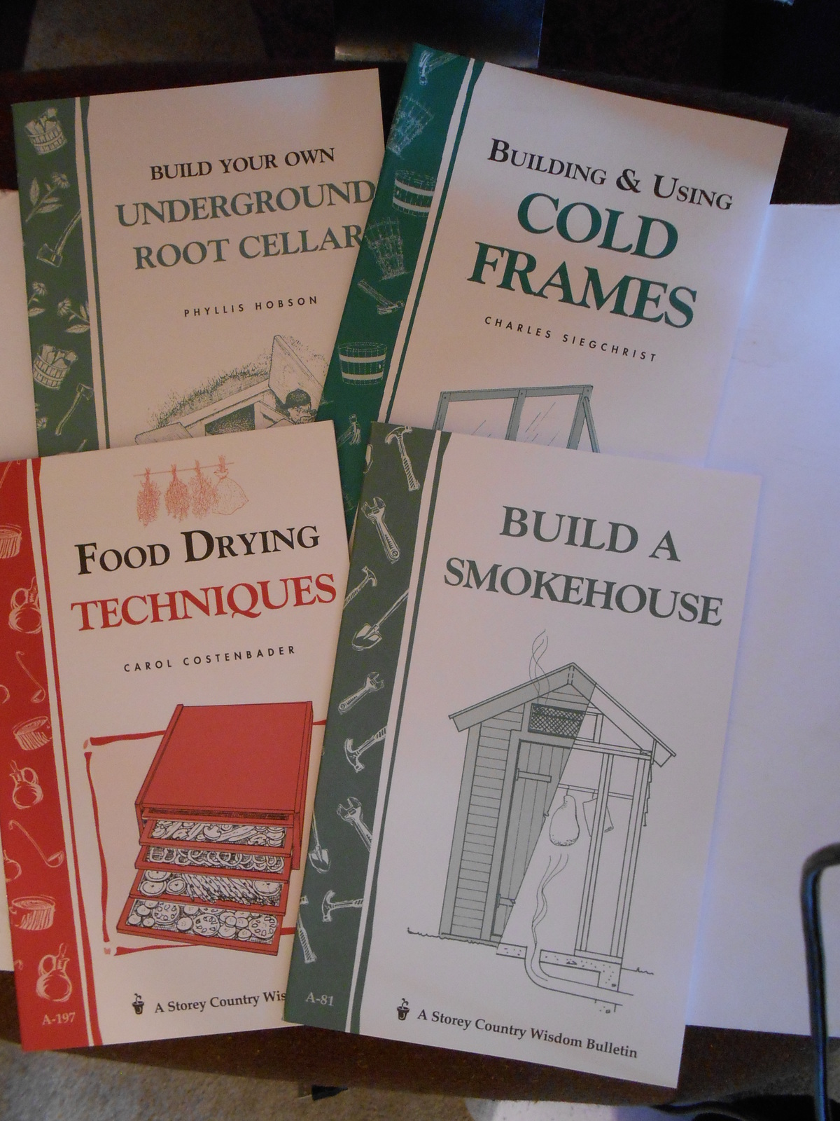 Primary image for 4 DIY Country Wisdom Bulletins: Smokehouse, Food Drying, Root Cellar, Cold Frame