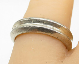 MONET 925 Silver - Vintage Shiny Concave Designed Round Band Ring Sz 7 - R9993 - $25.90