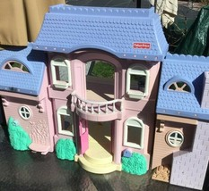 VINTAGE DOLL HOUSE.FISHER PRICE 2003 - $80.00