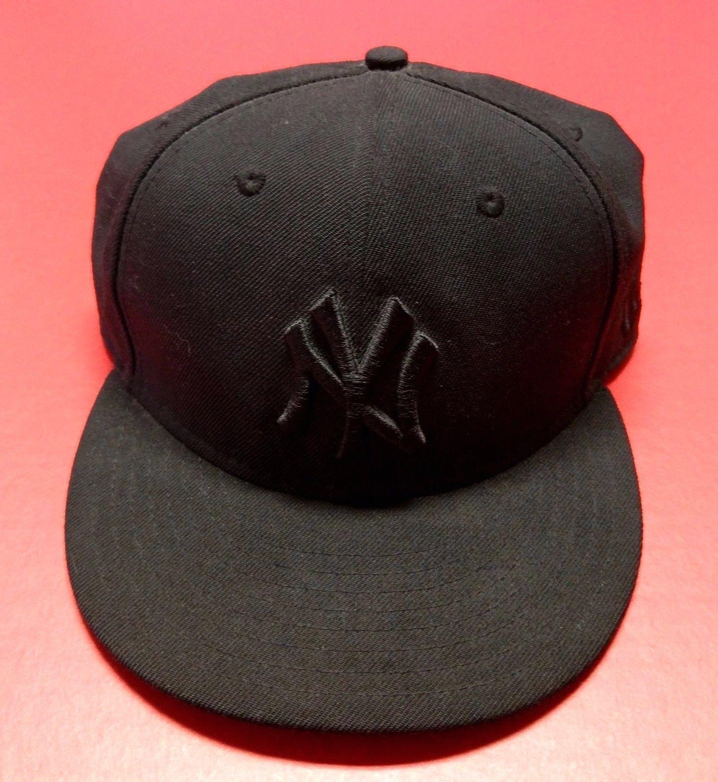 d60938cc80e56 59Fifty Black New York Yankees Logo MLB Baseball New Era Fitted Hat Cap 7 5