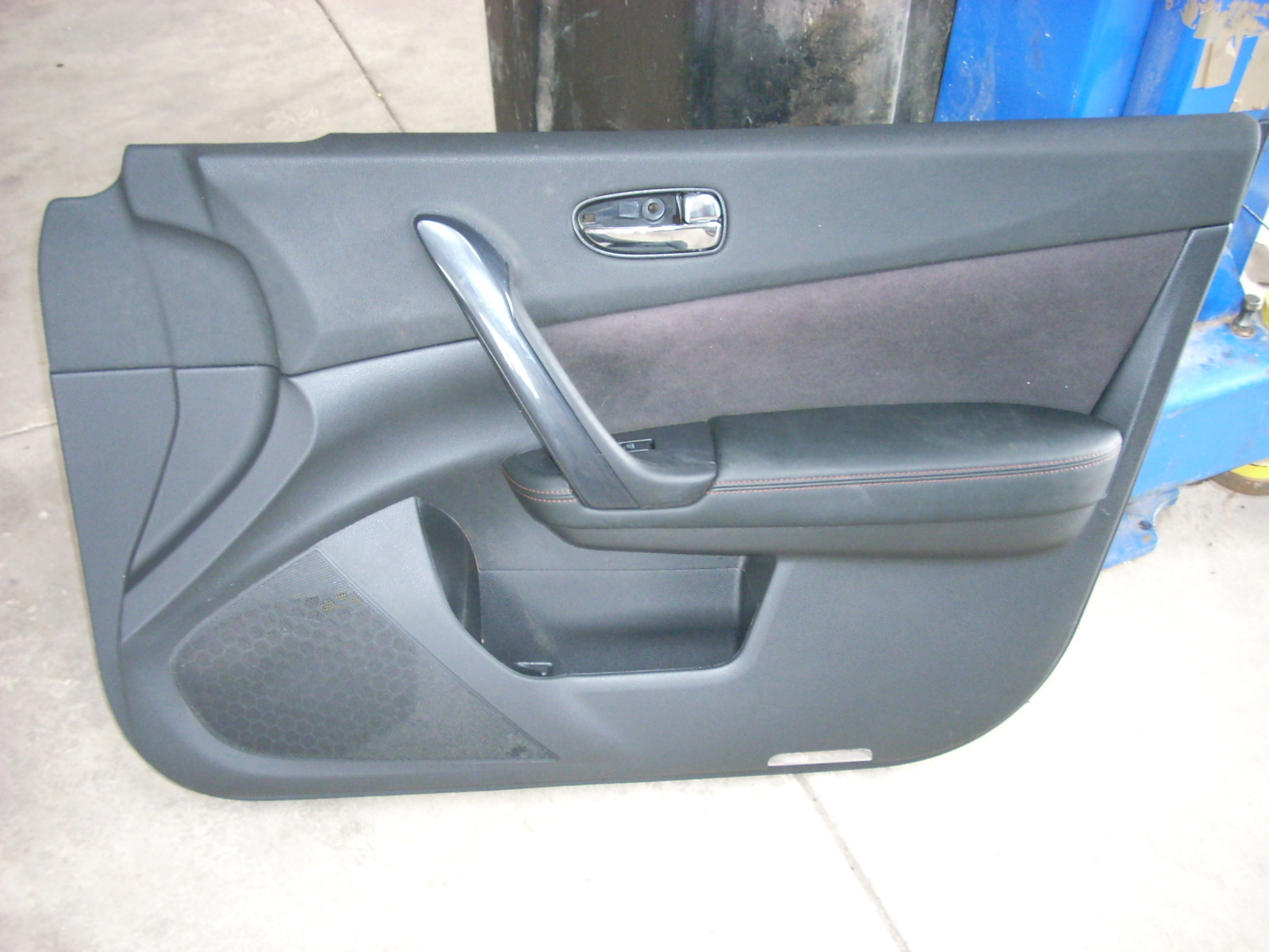 2014 NISSAN MAXIMA BLACK FRONT RIGHT DOOR PANEL [TRIM G]