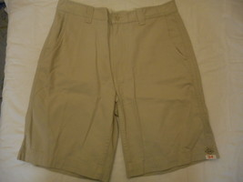 Men's St. John's Bay Legacy Flat Front Shorts Classic Stone  Size 34 NEW  - $24.74