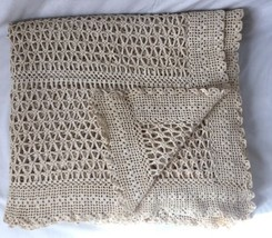Vintage Crochet Bed Cover Spread Coverlet Beige Scalloped 80x82 - $79.95