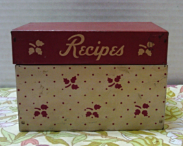 Vintage RUSTIC Shabby Metal RECIPE BOX // Retro Kitchen Organization // ... - $8.50