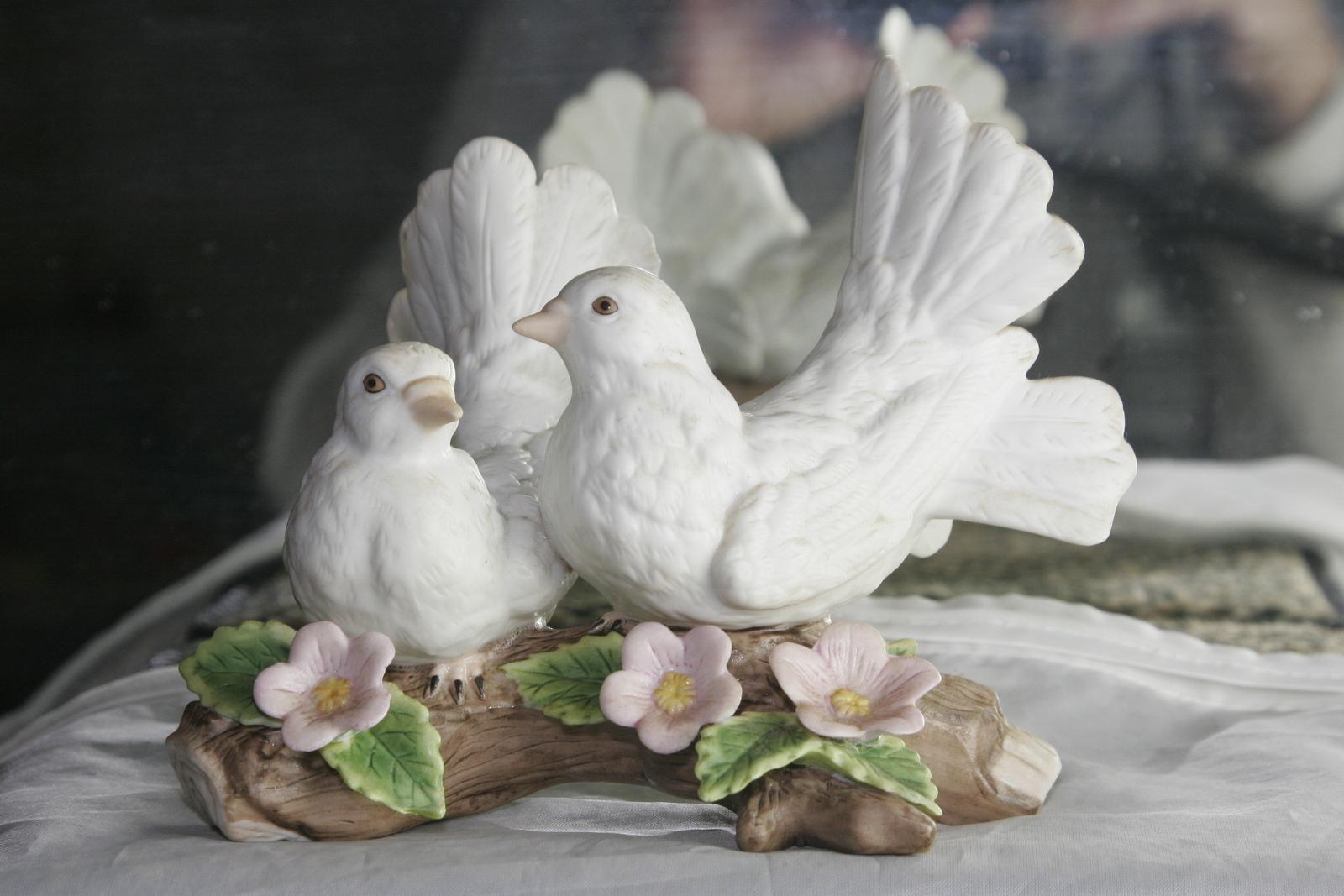Courtship Doves Bird Figurine Home Interiors 1453 Figurines