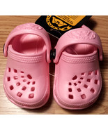 NWT Girl's Size 1/ 2 Pink Doggers Clogs Antibacterial Light Weight Infan... - $17.00