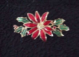 CHRISTMAS BROOCH RED POINSETTIA WITH GREEN LEAVES - $9.89