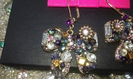 BETSEY JOHNSON BOWS WITH GORGEOUS JEWELS, CRYSTALS AND STONES NWT $45! image 3