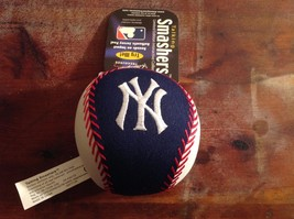 New Officially Licensed NY Yankees Talking Smashers Plush Ball Toy