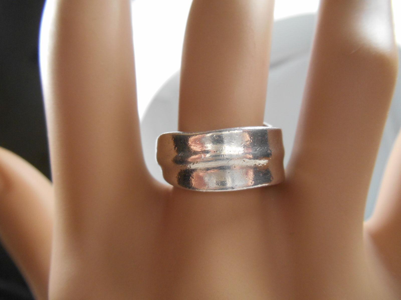 Tiffany & Co Leaf Ring Wide Band! Sz 6 Rare
