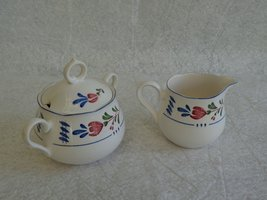 Nikko Provincial Avondale Pattern Creamer & Sugar Bowl w/ Lid Set Red & ... - $27.71