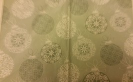 """RARE FLANNEL BACK VINYL TABLECLOTH 60"""", ROUND (4-6 ppl), SNOWFLAKES in C... - €12,71 EUR"""