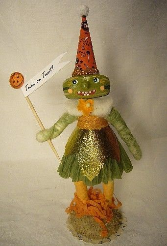 VINTAGE BY CRYSTAL PM WATERMELON GIRL NO. 267 SPUN COTTON GREAT HALLOWEEN PIECE!