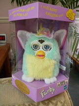 Special Limited Edition Spring Easter Hat Furby 2000 NRFB Model #70-880 - $59.99