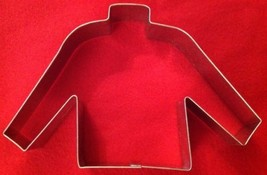 "Sweater Cookie Cutter  Galvanized Steel Threshold Brand New 5.5"" x 4"" NWT - $5.94"