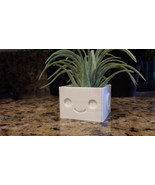 Robot Planter Many Colors - £5.96 GBP - £13.90 GBP