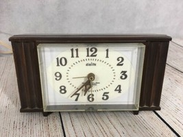 Vintage Westclox Dialite Electric Alarm Clock Woodbriar USA Made Works - $19.75