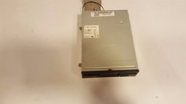 Genuine OEM Dell F8113 1.44MB Floppy Drive with Black Bezel  0F8113 - $6.00