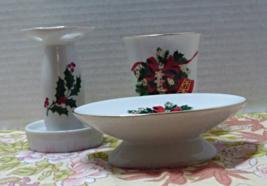 Vintage Christmas Holiday Themed Bathroom Set / Guest Bathroom Decor Hol... - $15.00