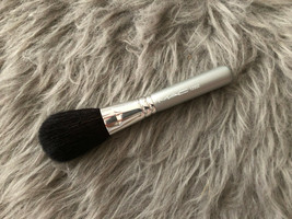 MAC 129SE Powder/Blush Brush - $23.65+