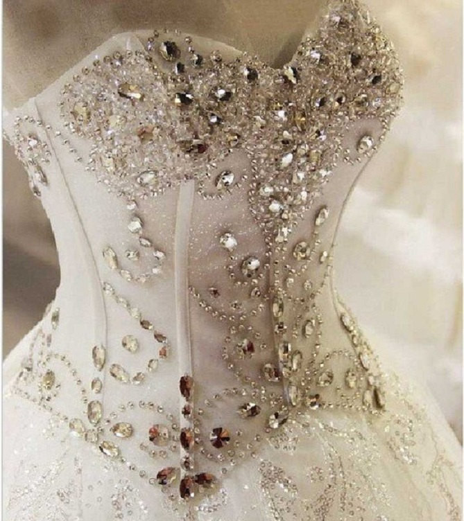 Bling Brides Crystal Wedding Dress Ball Dress With Sweetheart neck, Lace up back