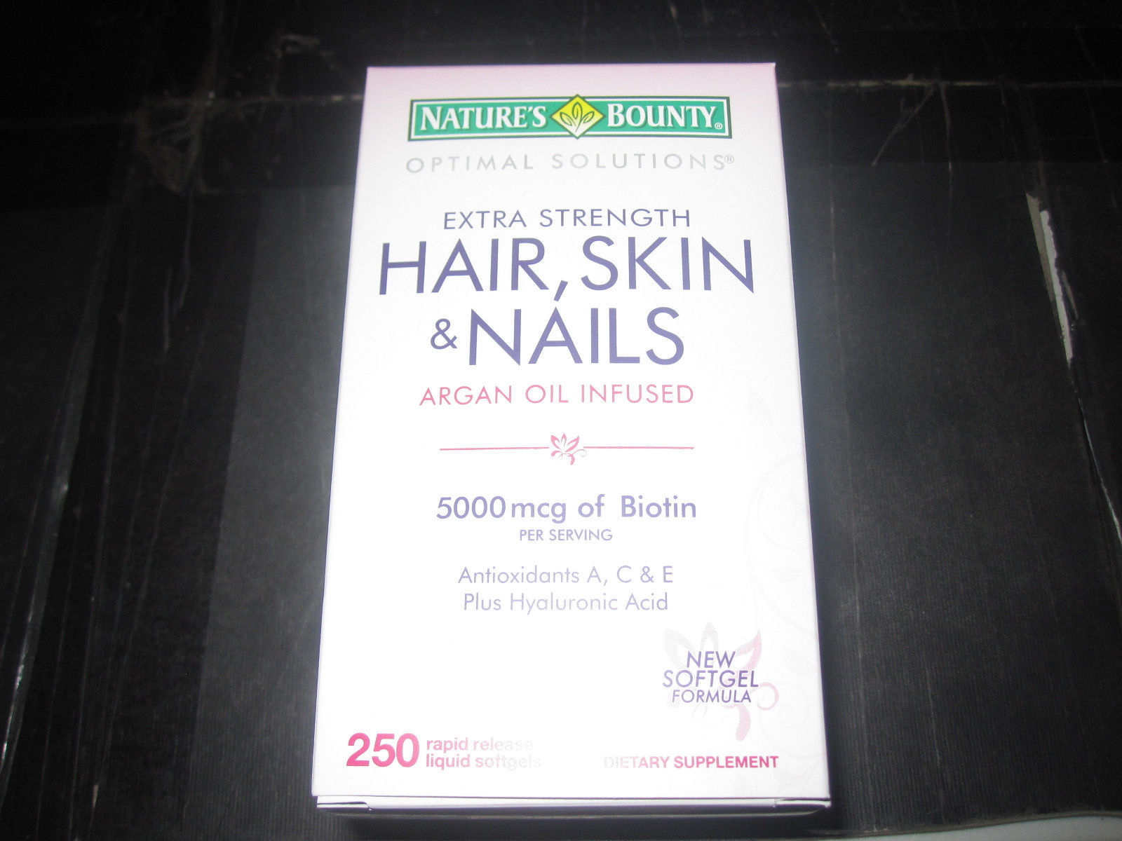 Nature's Bounty Extra Strength Hair Skin and Nails 250 Softgels