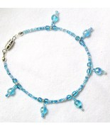 Bracelet Dangle Blue Glass Beads Barrel Clasp - $5.00