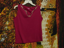 Women's Sleeveless Pullover Top By St. Johns Bay / Size L - $7.80