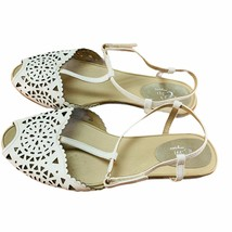 Easy Spirit Womens White Leather Casual Strappy Flat Sandal Size US 8.5 W - $19.92