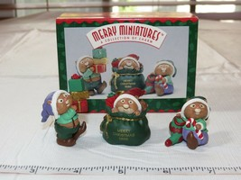 HALLMARK Merry Miniatures Charm 1996 Santa's Helpers 3 piece set Miniature NOS - $10.67