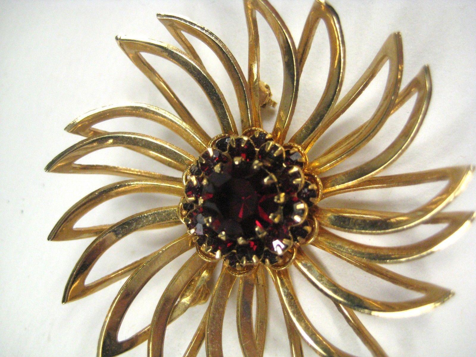 Sarah Coventry Brooch Red Rhinestones Flower Goldtone Signed SarahCov Pin 1960