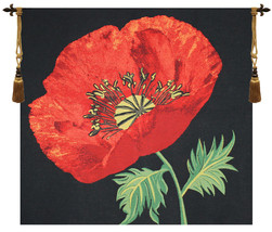 Poppy Red Tapestry Wall Hanging - $3.676,12 MXN