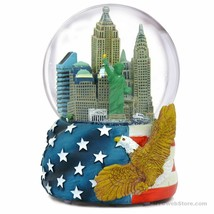 Musical Patriotic NYC Skyline Snow Globe - $34.64