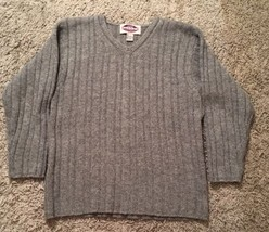 Sonoma Misses Gray 100% Wool V-neck Sweater, Size M - $23.99
